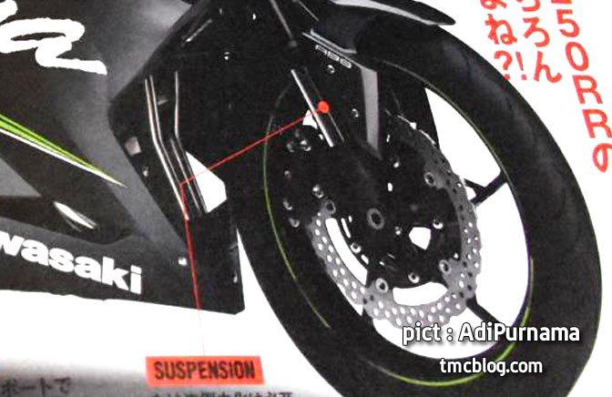 2017 Kawaski Ninja 250 rendering front suspension