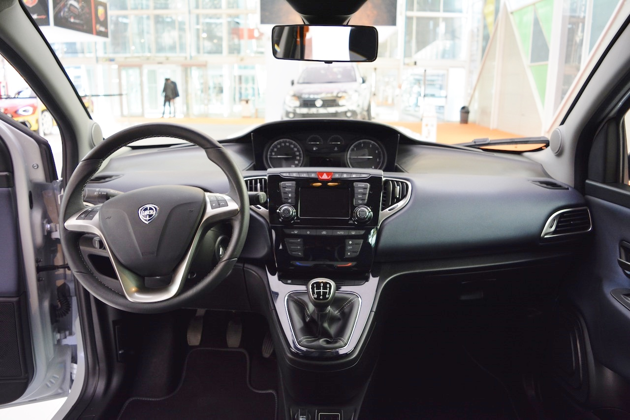 Lancia Ypsilon Mya interior dashboard at 2016 Bologna Motor Show