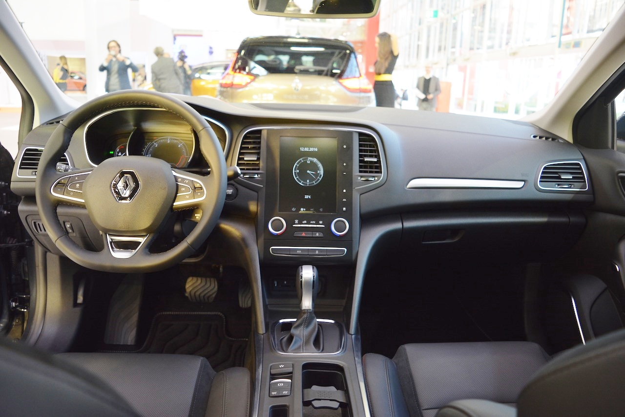 Renault Megane Sedan interior dashboard at 2016 Bologna ...