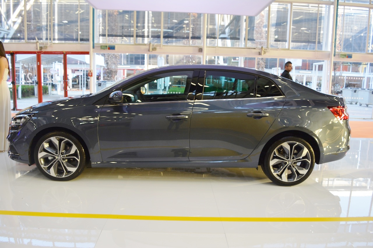 Renault Megane Sedan profile at 2016 Bologna Motor Show