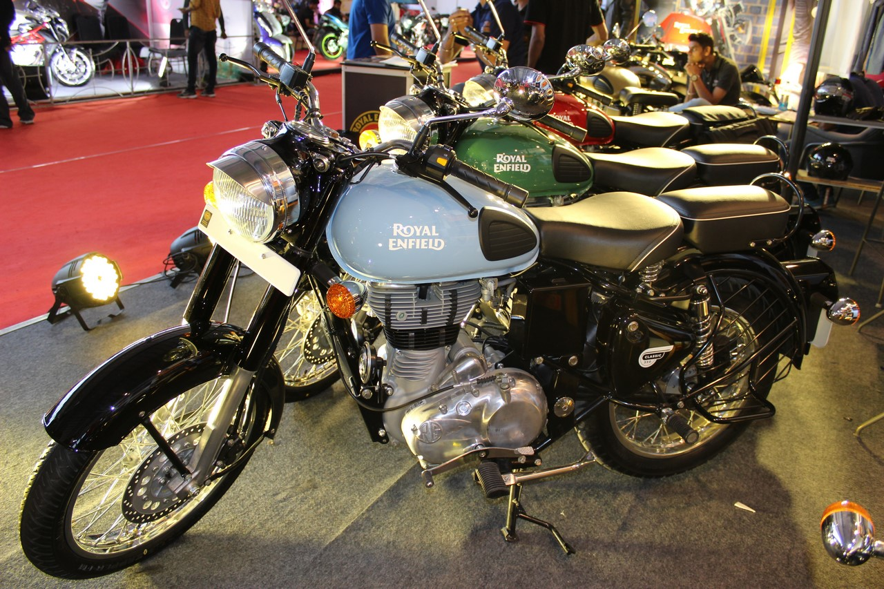 Royal Enfield Classic 500 Redditch Series Heading To Uk
