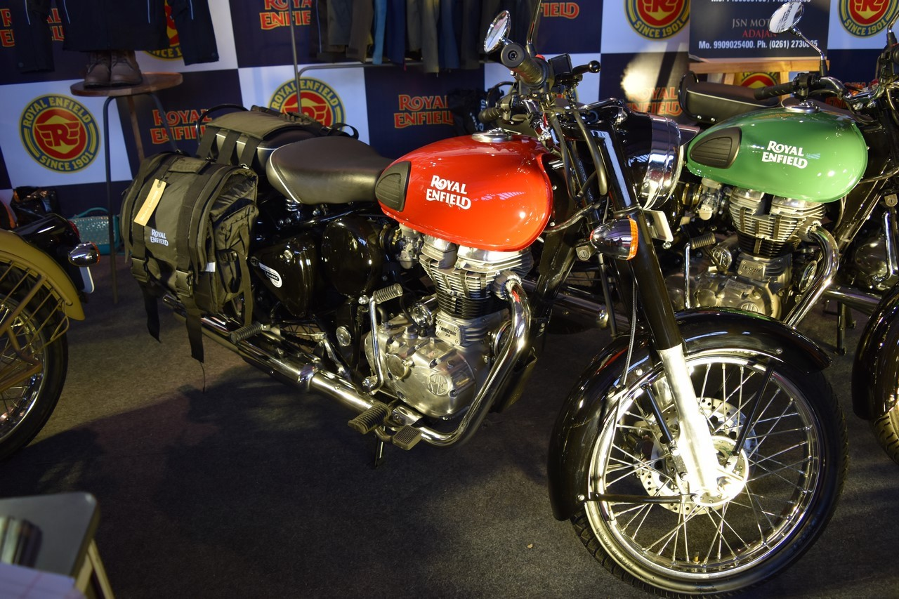 Royal Enfield Redditch series Redditch Red at Surat International Auto Expo 2017