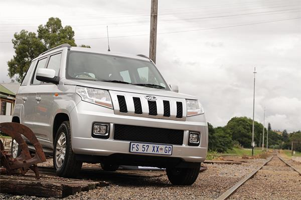 South African-spec Mahindra TUV300 front three quarters