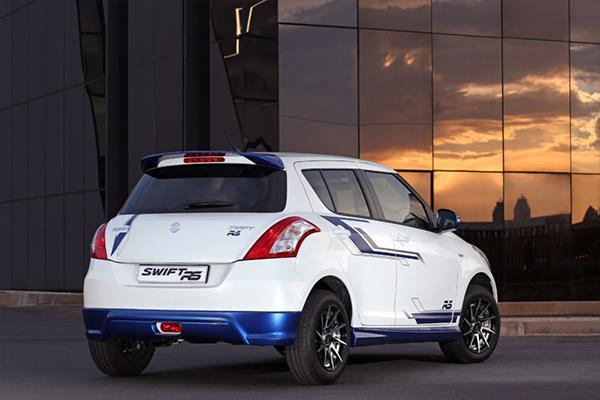 Suzuki Swift 1.2 RS rear three quarters