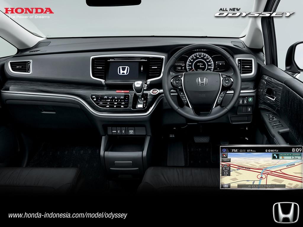 2017 Honda Odyssey (facelift) dashboard