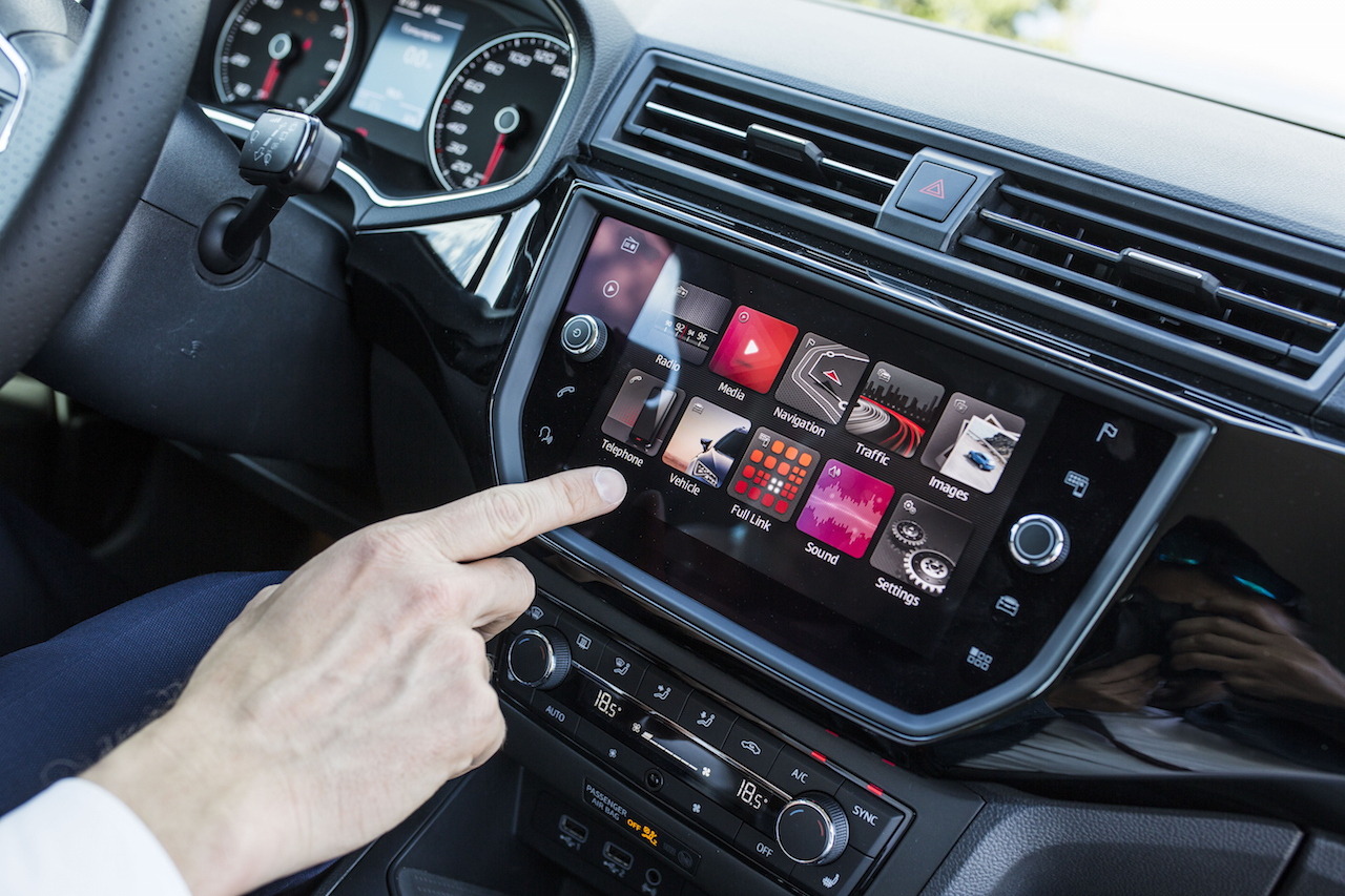 2017 Seat Ibiza 8.0-inch touchscreen system