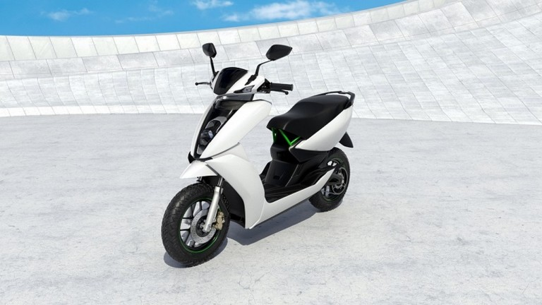 Ather S340 front three quarter