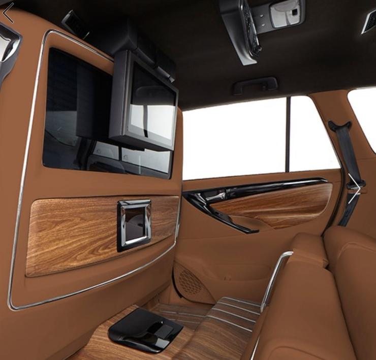 DC Design Lounge for the Toyota Innova Crysta standard entertainment system