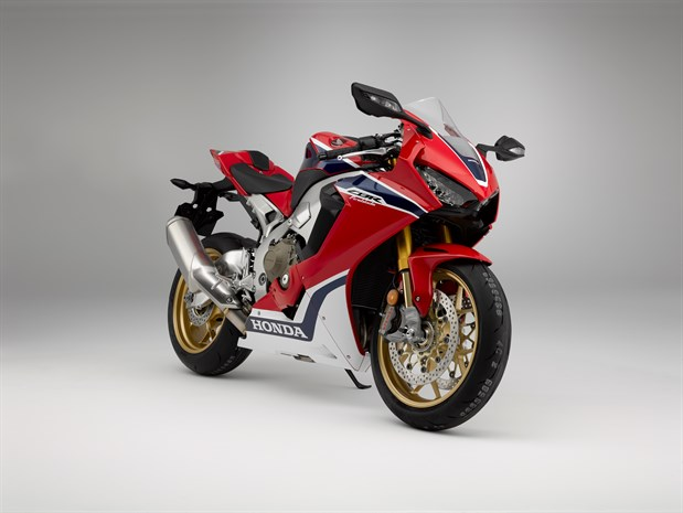 Honda CBR1000RR SP front three quarter