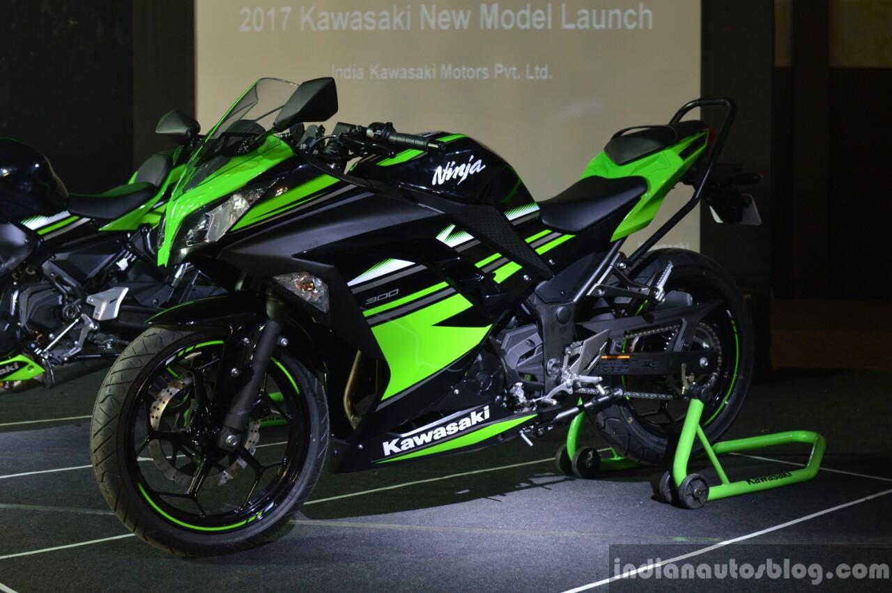 Kawasaki Ninja 300 front three quarter and side at India launch
