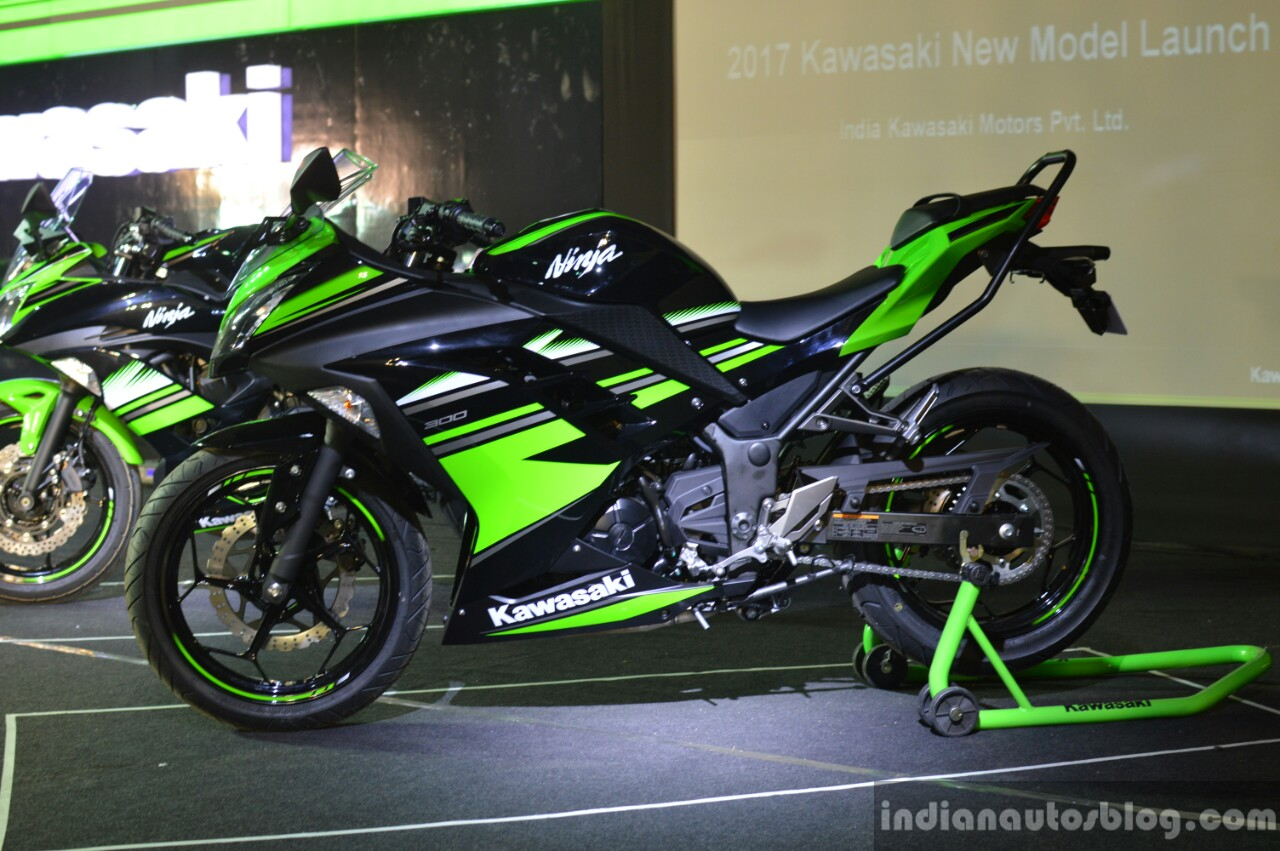 kawasaki ninja 300 to get heavy localization in india report. Black Bedroom Furniture Sets. Home Design Ideas
