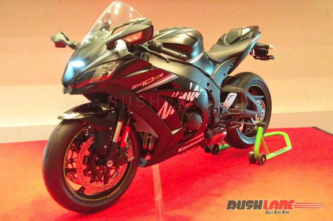 Kawasaki ZX10RR India launch front three quarter
