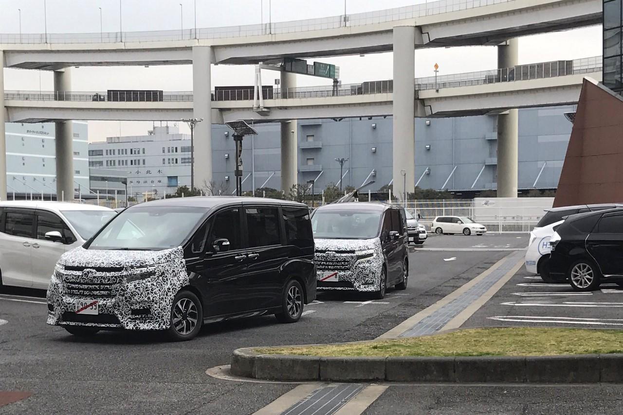 New Honda StepWGN spy shot