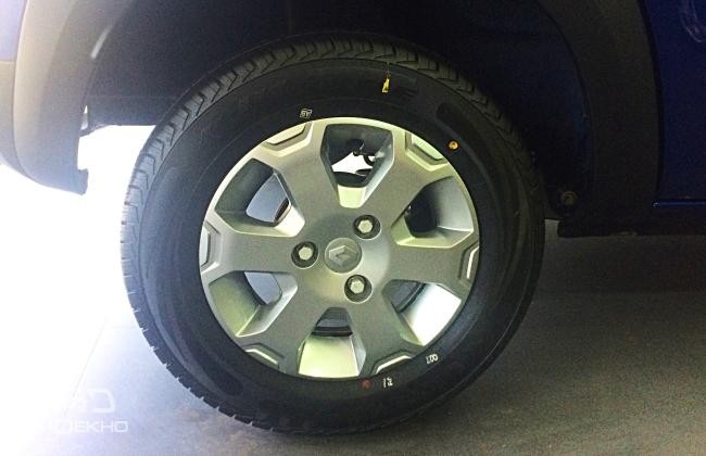 Renault Kwid Climber alloy wheel
