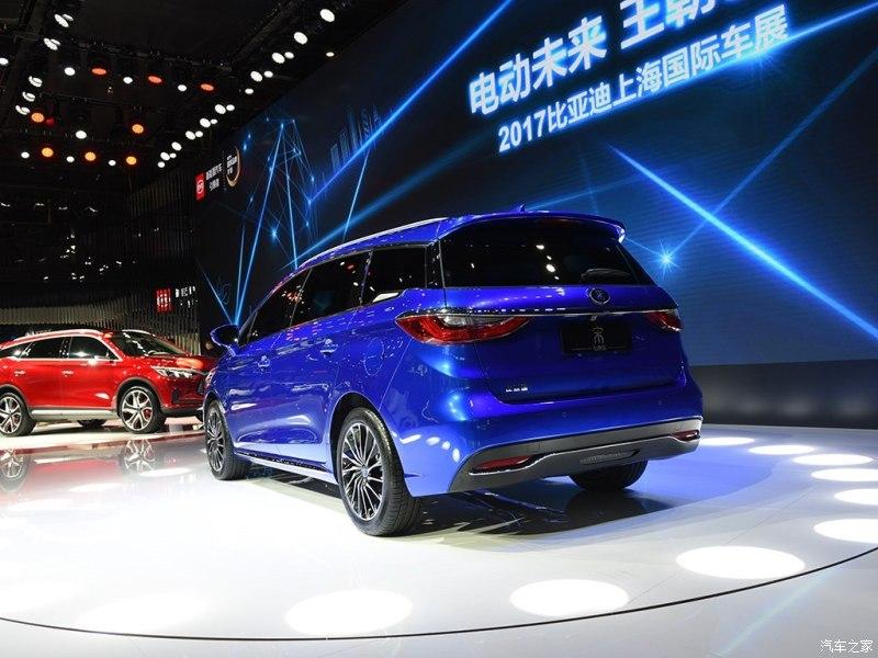 2017 BYD Song 7 rear three quarters at Auto Shanghai 2017