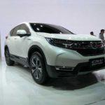 2017 Honda CR-V front three quarters at Auto Shanghai 2017