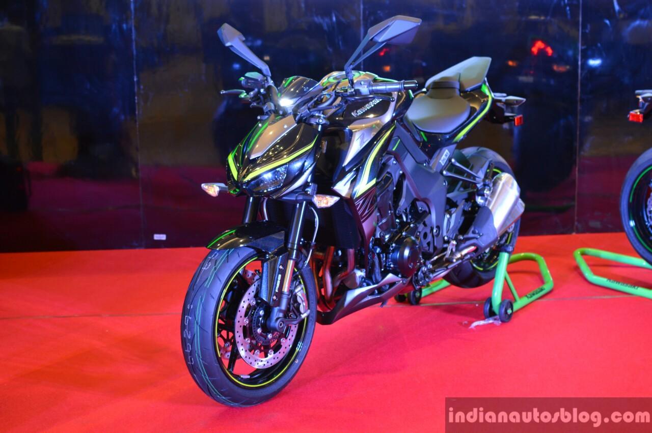 Kawasaki Z1000R India launch front three quarter