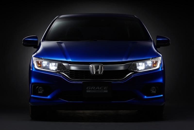 2017 Honda Grace (City) front teased in Japan