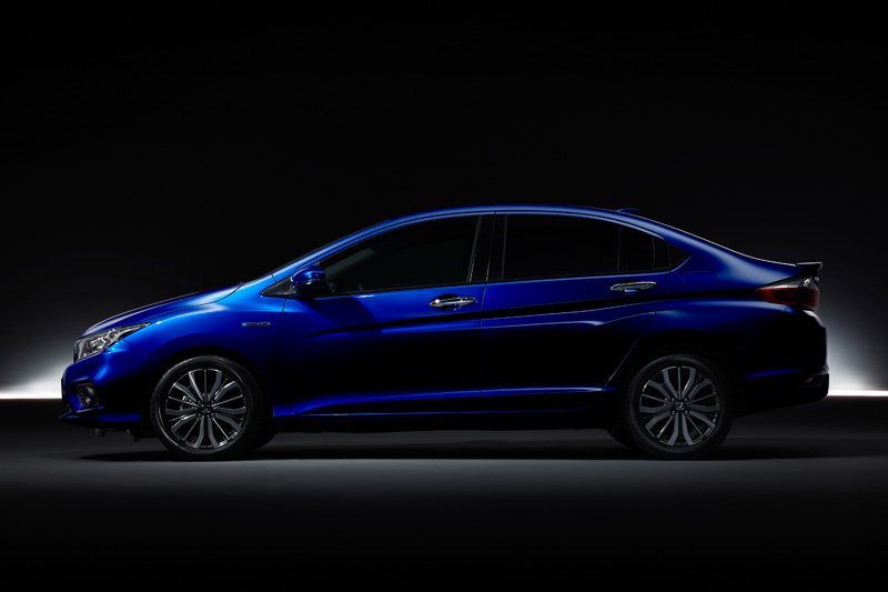 2017 Honda Grace (City) side teased in Japan
