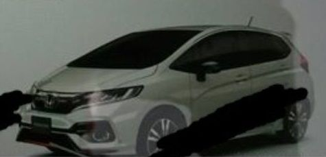 2017 Honda Jazz (2017 Honda Fit) front three quarters leaked image
