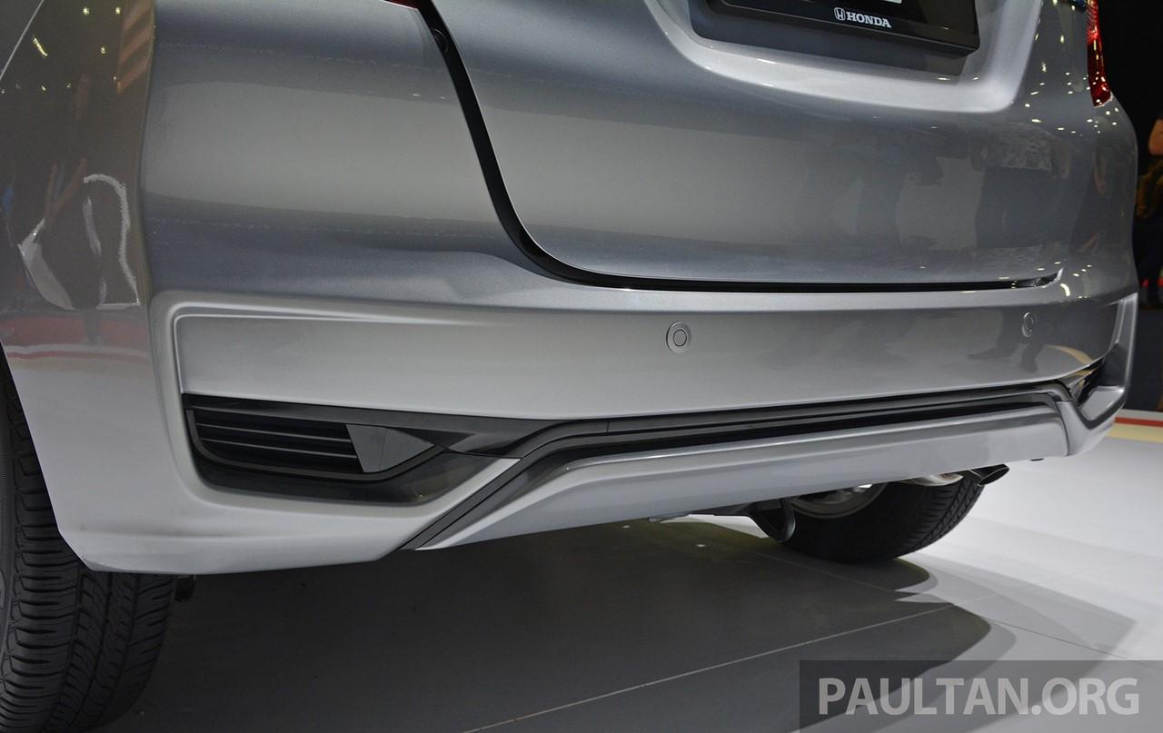 2017 Honda Jazz hybrid rear bumper
