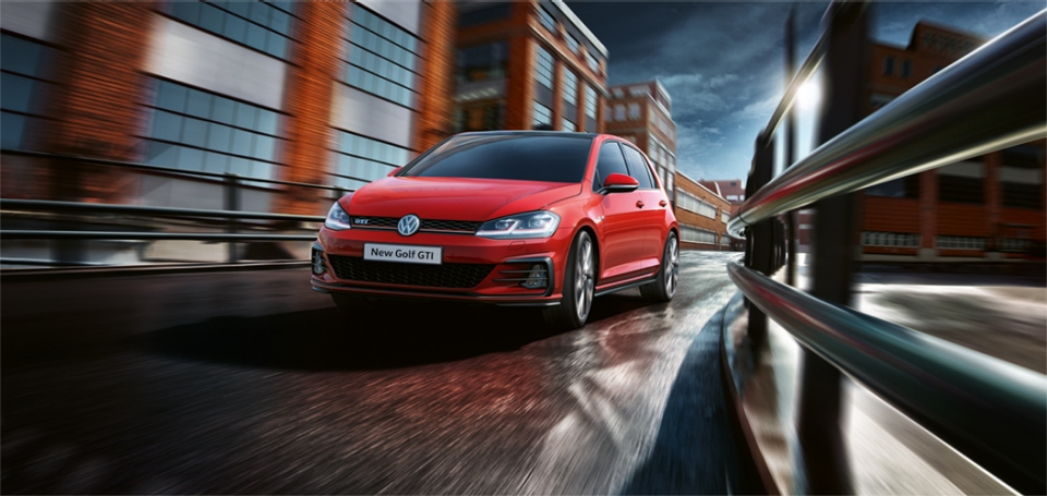 2017 VW Golf MkVII (facelift) GTI front launched in South Africa