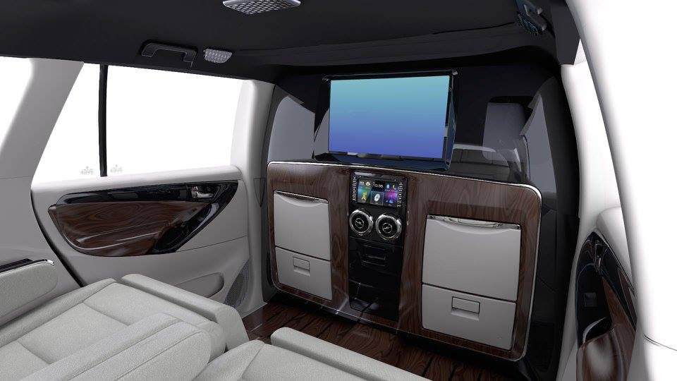 DC Toyota Innova Crysta 'Lounge Ultimate' display