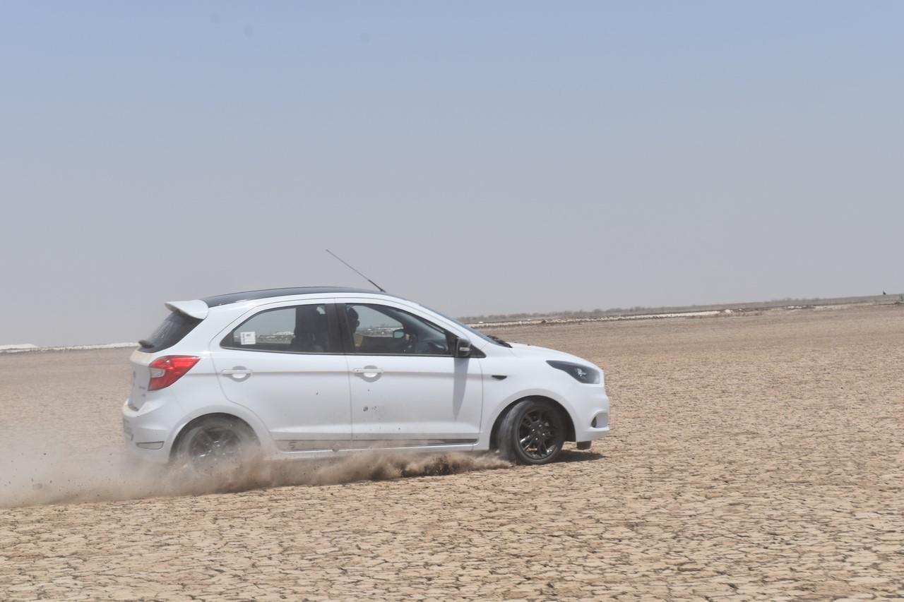 Ford Figo Sports Edition (Ford Figo S) turning