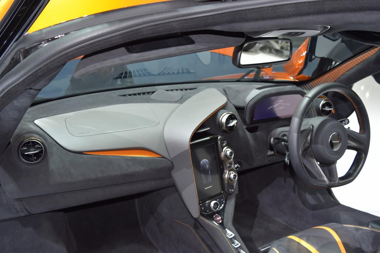 McLaren 720S interior at BIMS 2017