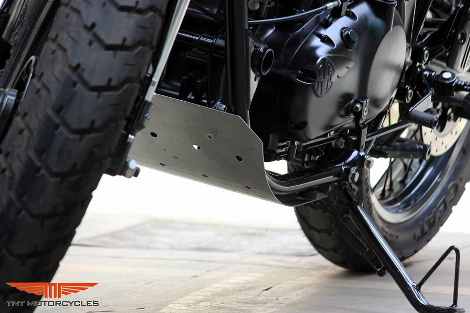 Royal Enfield Continental GT Grey Hound by TNT Motorcycles bash plate