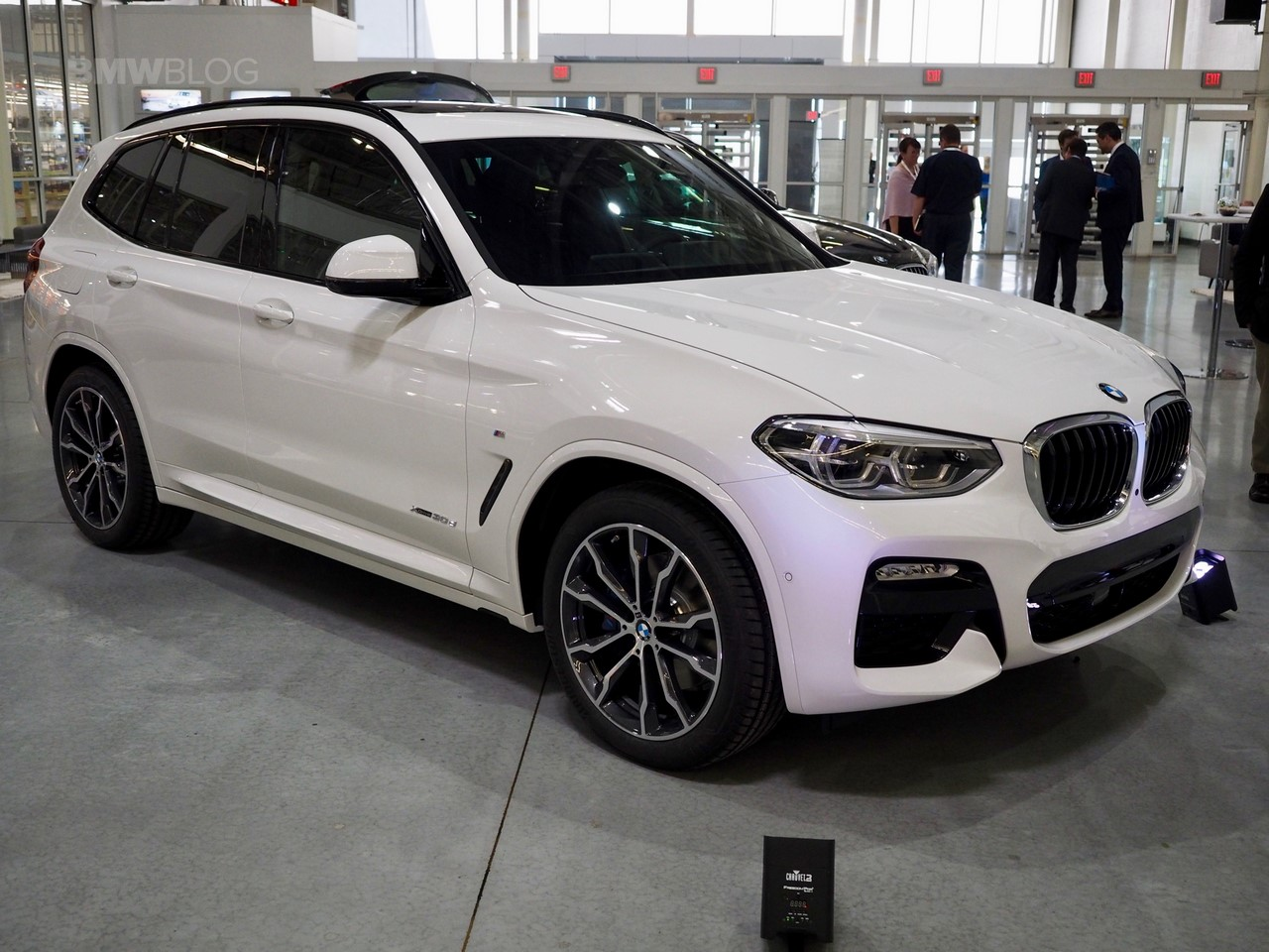 2017 BMW X3 - In 20 Live Images