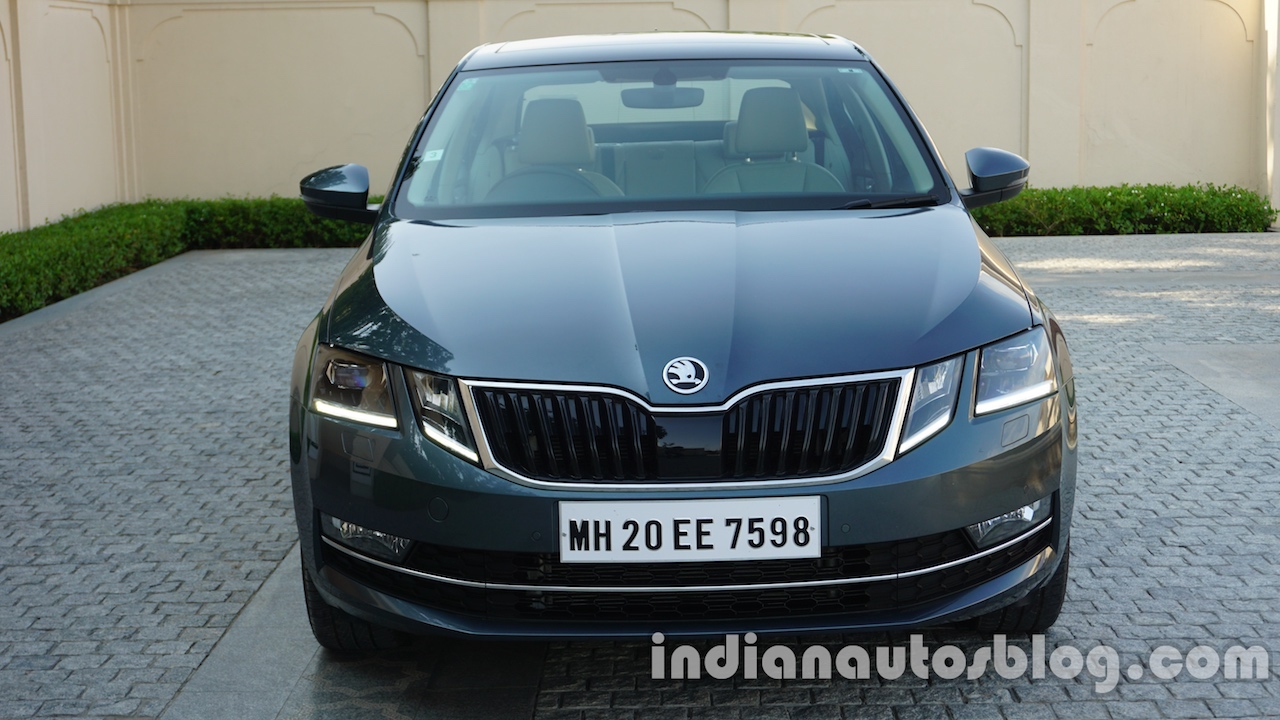 2017 Skoda Octavia front revealed for India images
