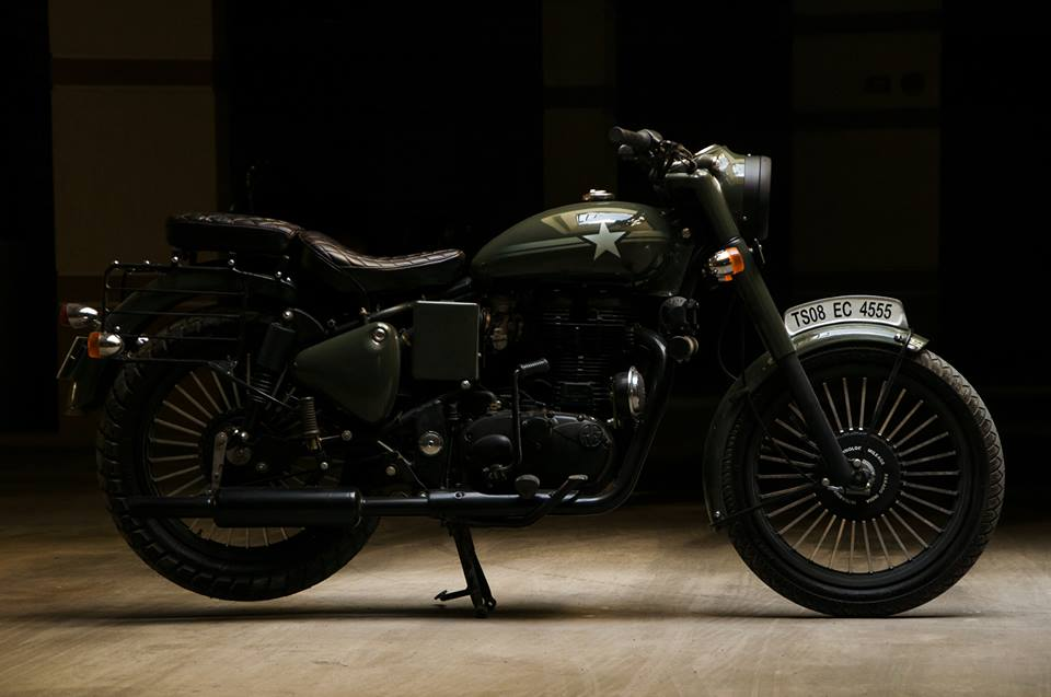 Royal Enfield Bullet 350 Standard Mahi by Eimor Customs side right