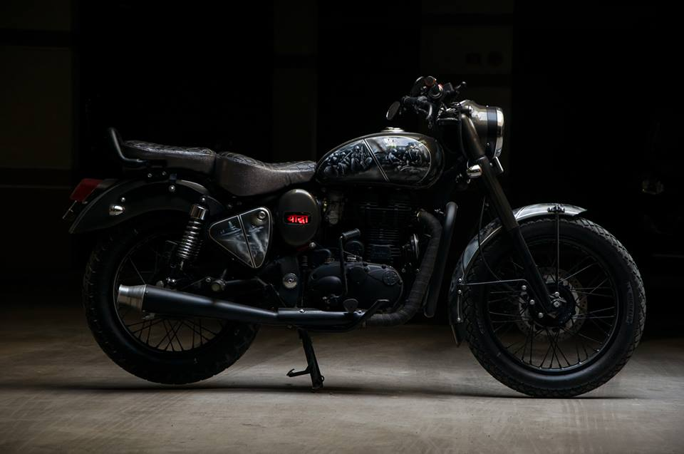 Royal Enfield Bullet ES Yoddha by Eimor Customs side right