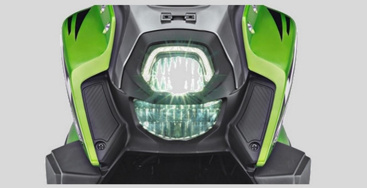 Yamaha X-Ride 125 green headlamp