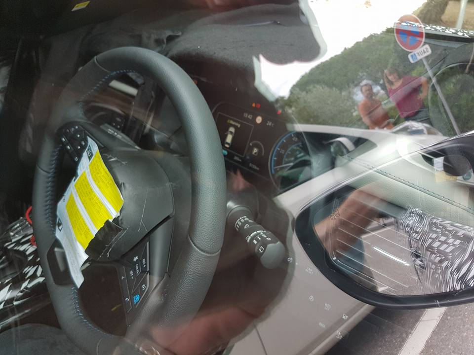 2018 Nissan Leaf steering wheel and instrument panel spy shot