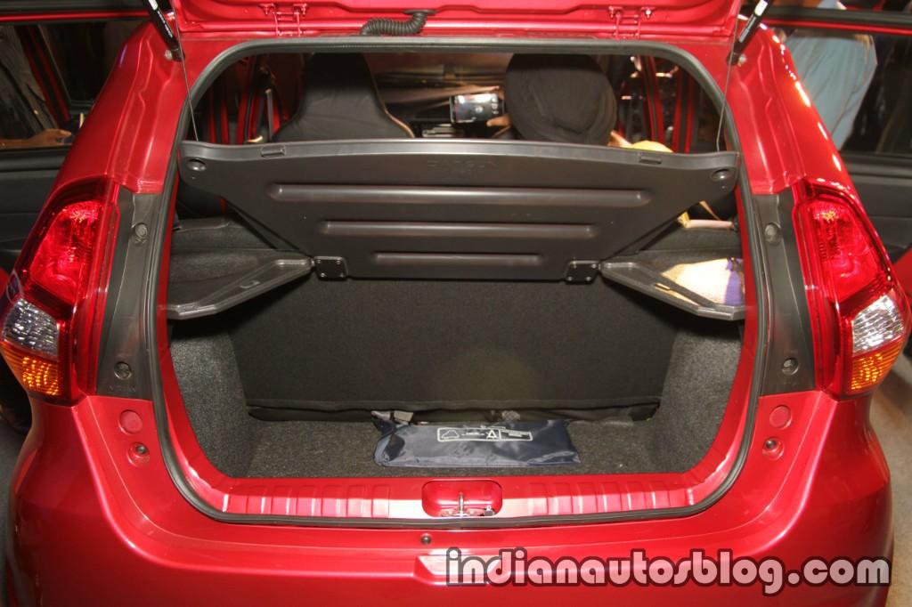 Datsun Redi-GO 1.0L boot