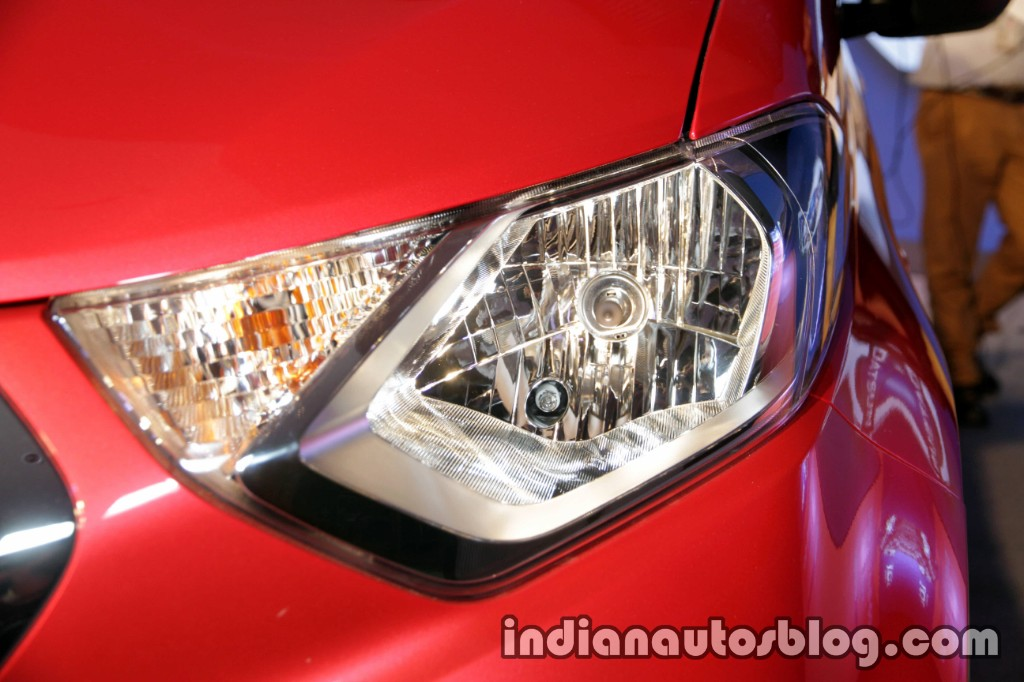 Datsun Redi-GO 1.0L headlamp