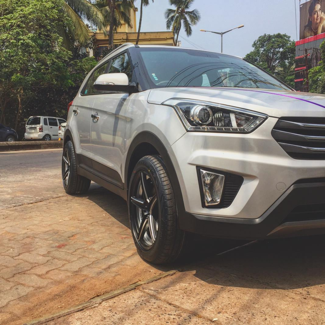 Hyundai Creta modified with 18-inch wheels front