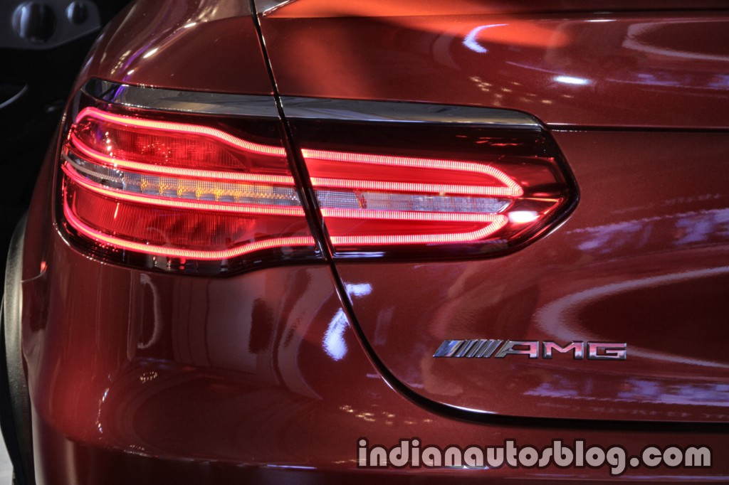 Mercedes-AMG GLC 43 4MATIC Coupe left tail lamp