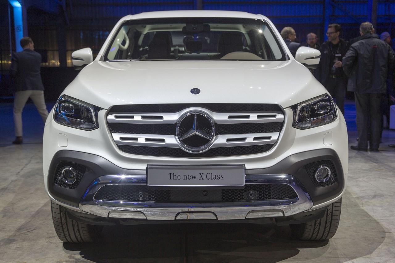 Mercedes X-Class Power front