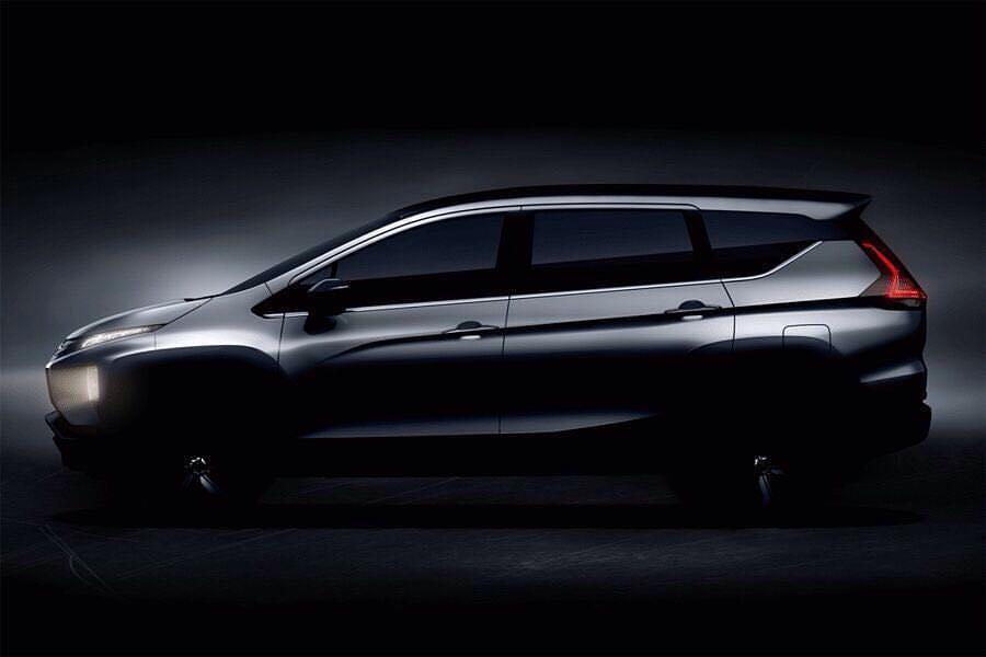Mitsubishi Expander (Mitsubishi XM production) side