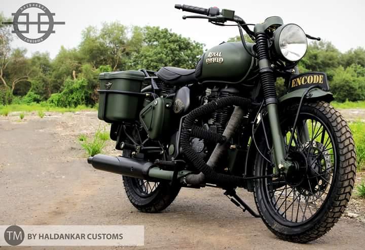 Royal Enfield Bullet 350 Encode by Haldankar Customs front three quarter right