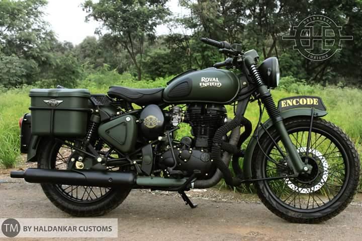 Royal Enfield Bullet 350 Encode by Haldankar Customs side right
