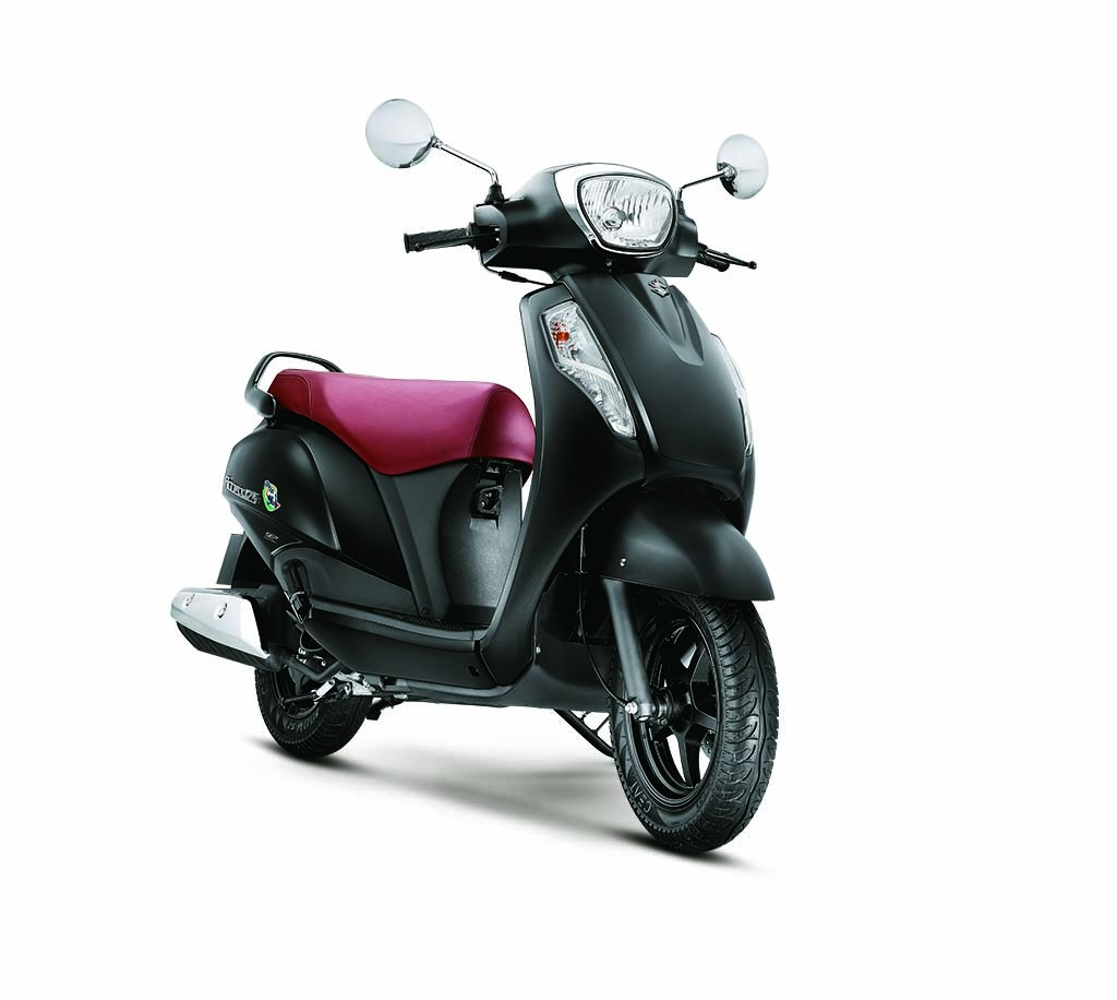Suzuki Access 125 matte black front three quarter