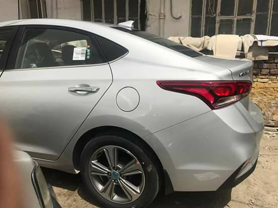 New Hyundai Verna 2017 caught completely undisguised tail
