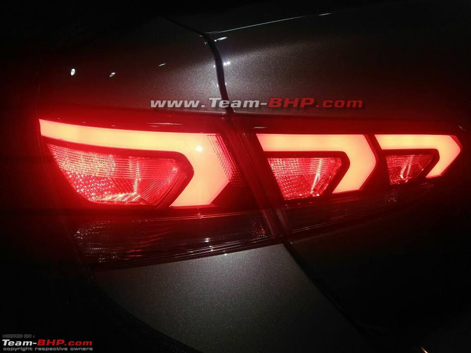 2017 Hyundai Verna spied undisguised left side tail lamp glow pattern