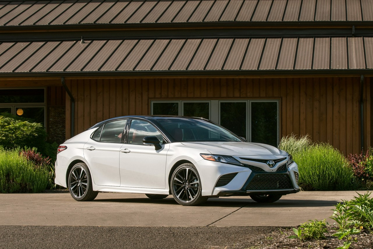 toyota  offer  toyota camry ls dynamic force tech    engines