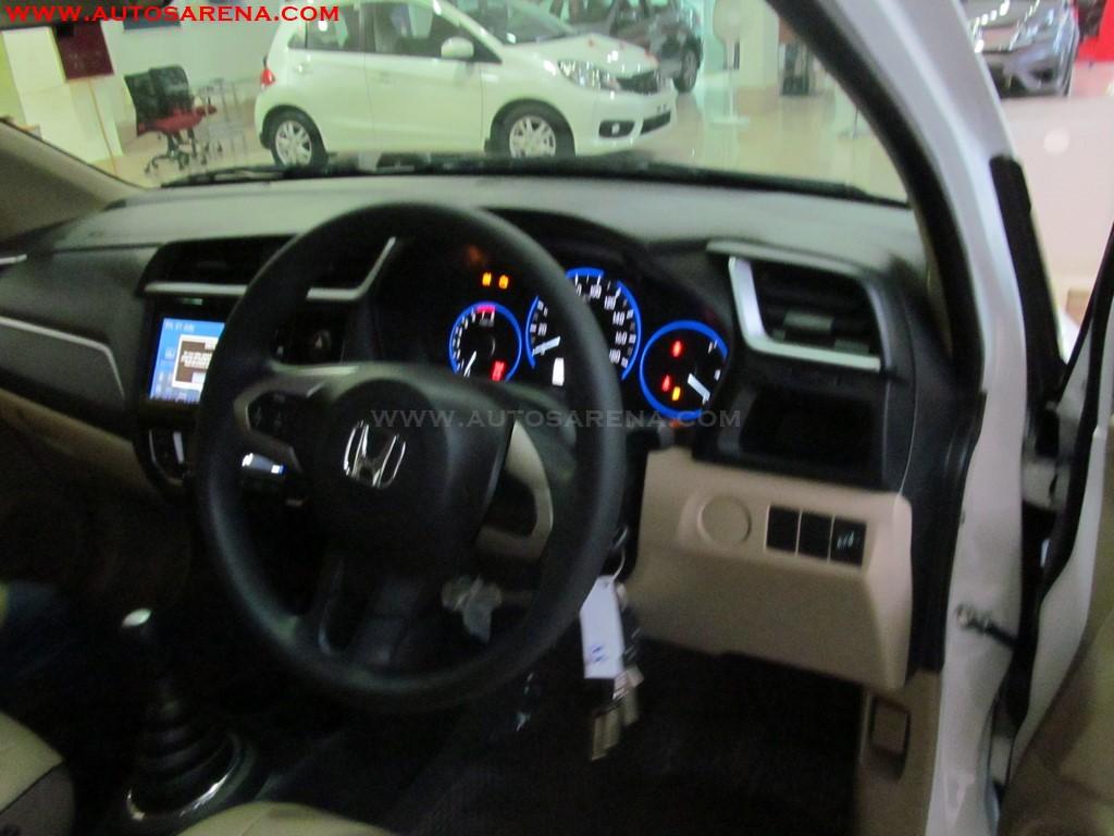Honda Amaze Privilege Edition interior