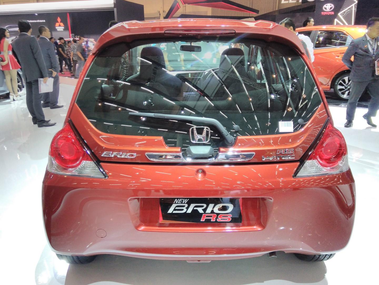 Kekurangan Honda Brio 2017 Spesifikasi